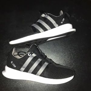 Adidas SL Loop - GS Size 6